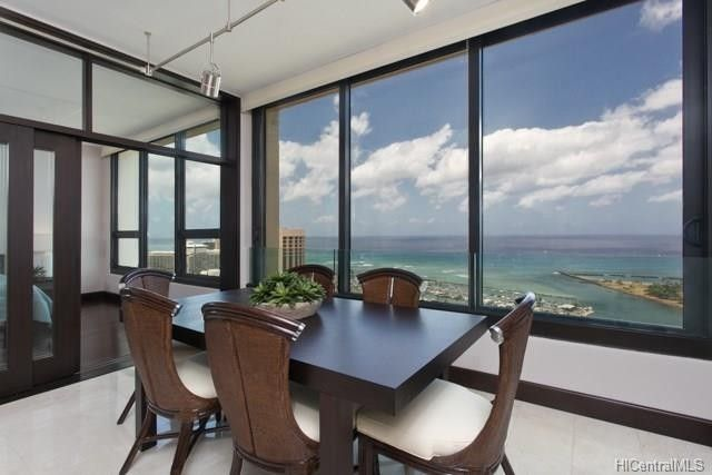 1600 Ala Moana Blvd Apt 4102, Honolulu, HI 96815
