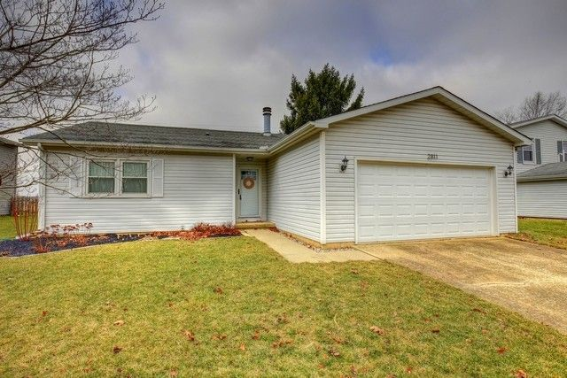 2811 S Myra Ridge Dr, Urbana, IL 61802