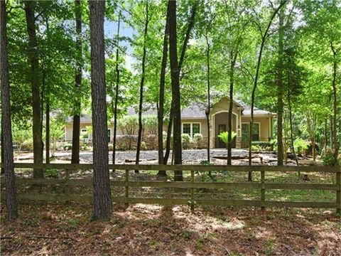 42 Creek Forest Ln, Conroe, TX 77384