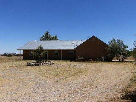 208 Dinkle Rd, Edgewood, NM 87015