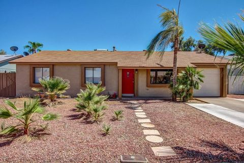 3765 E Pershing Ave, Phoenix, AZ 85032
