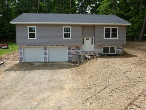 Photo of 644 Woolendean Rd, Dubois, PA 15801