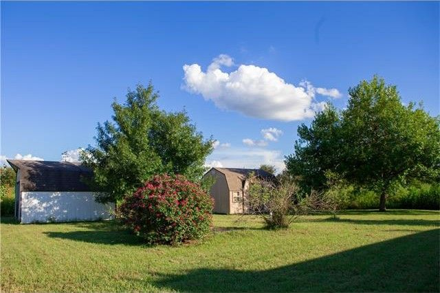 202 easley rd smithville tx 78957 home for sale real