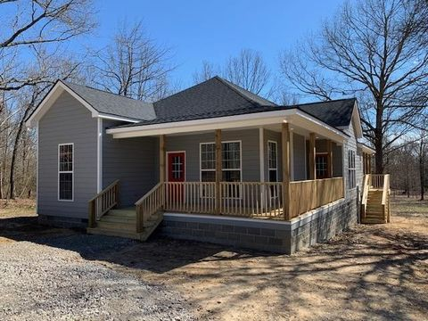 Photo of 8037 Oak Springs Rd, Nunnelly, TN 37137