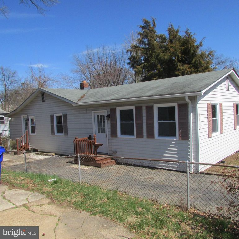 5026 Geronimo St, College Park, MD 20740