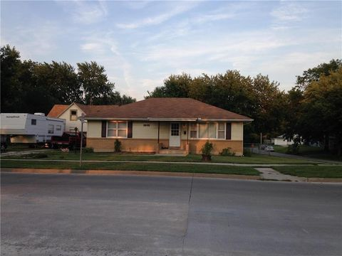 1403 Broadway St, Chillicothe, MO 64601