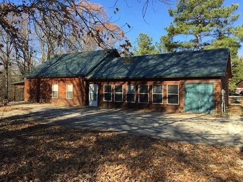 Photo of 200 County Road 179, Oakland, MS 38948