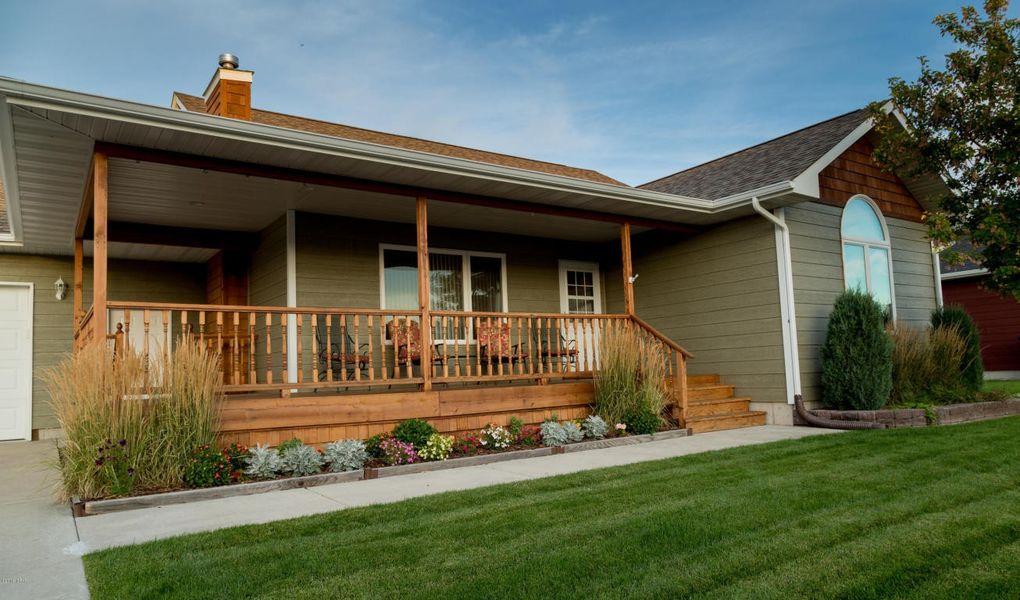 4501 kestrel ct great falls mt 59404 - The living room great falls mt ...