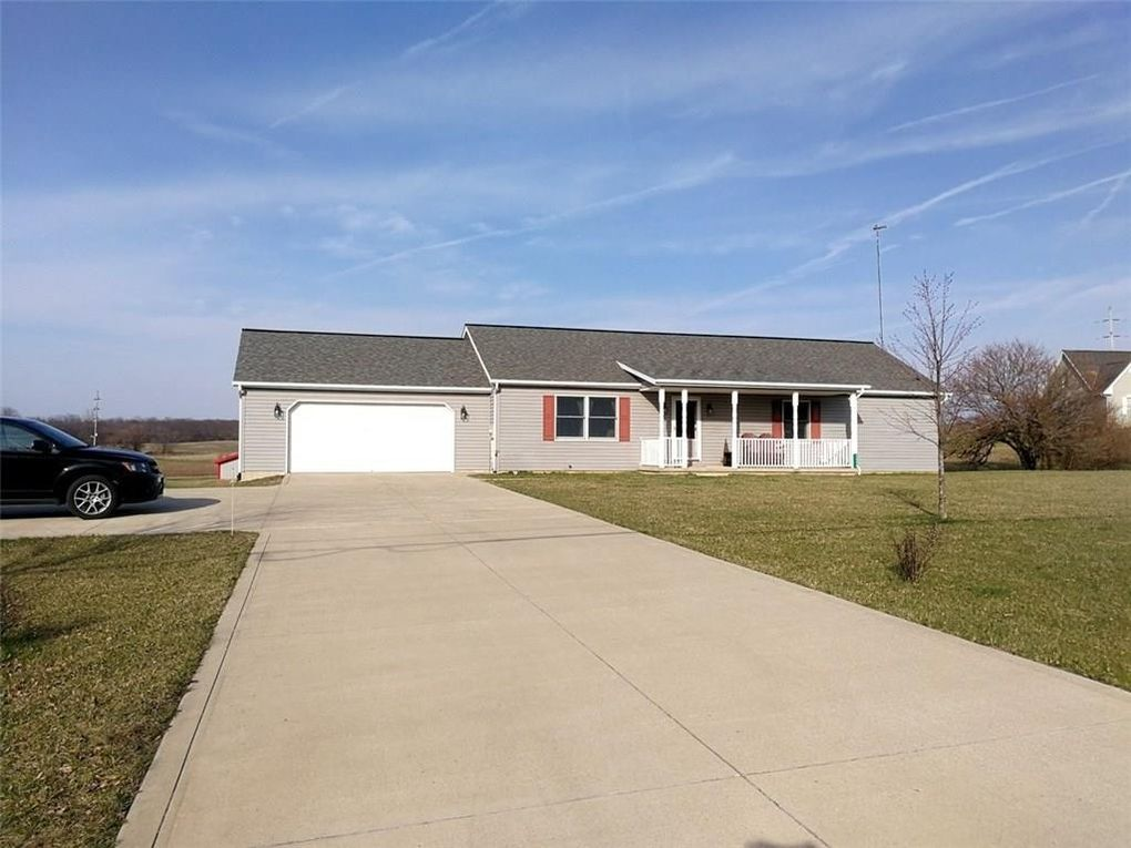 2058 County Road 130, Bellefontaine, OH 43311