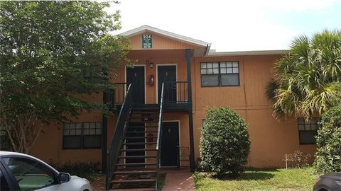 University Oakwoods Apartments Tampa Fl