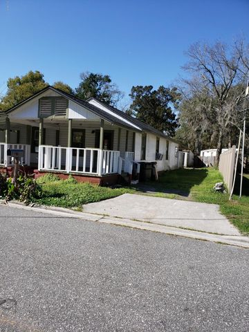 Photo of 307 Ruby Ave, Green Cove Springs, FL 32043