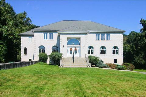 245 Bear Ridge Rd, Pleasantville, NY 10570