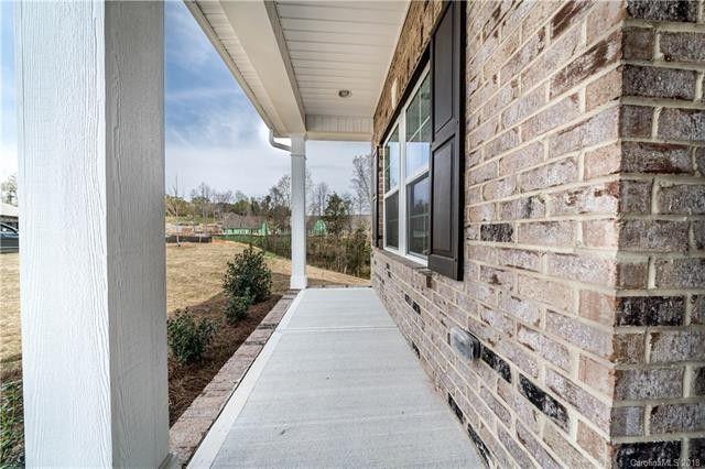 3018 Carriage Oak Way, Fort Mill, SC 29707