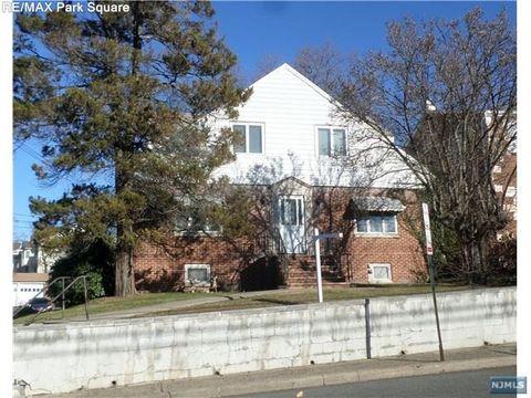 400 Joralemon St, Belleville, NJ 07109