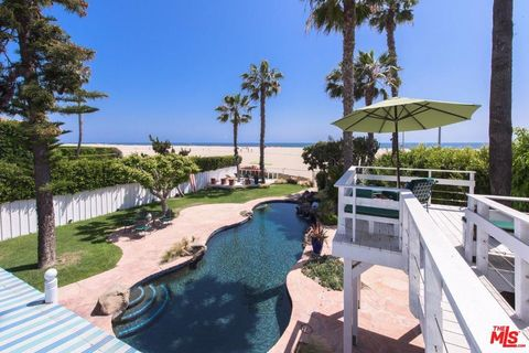 Photo of 443 Palisades Beach Rd, Santa Monica, CA 90402