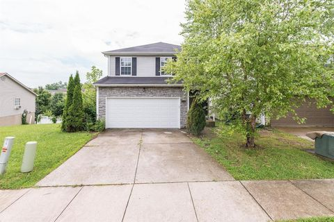 Photo of 676 Graftons Mill Ln, Lexington, KY 40509