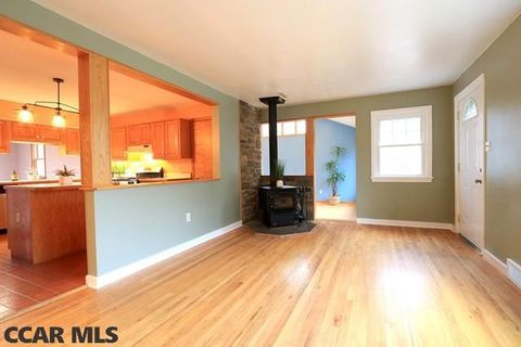 310 Bottorf Dr, State College, PA 16801