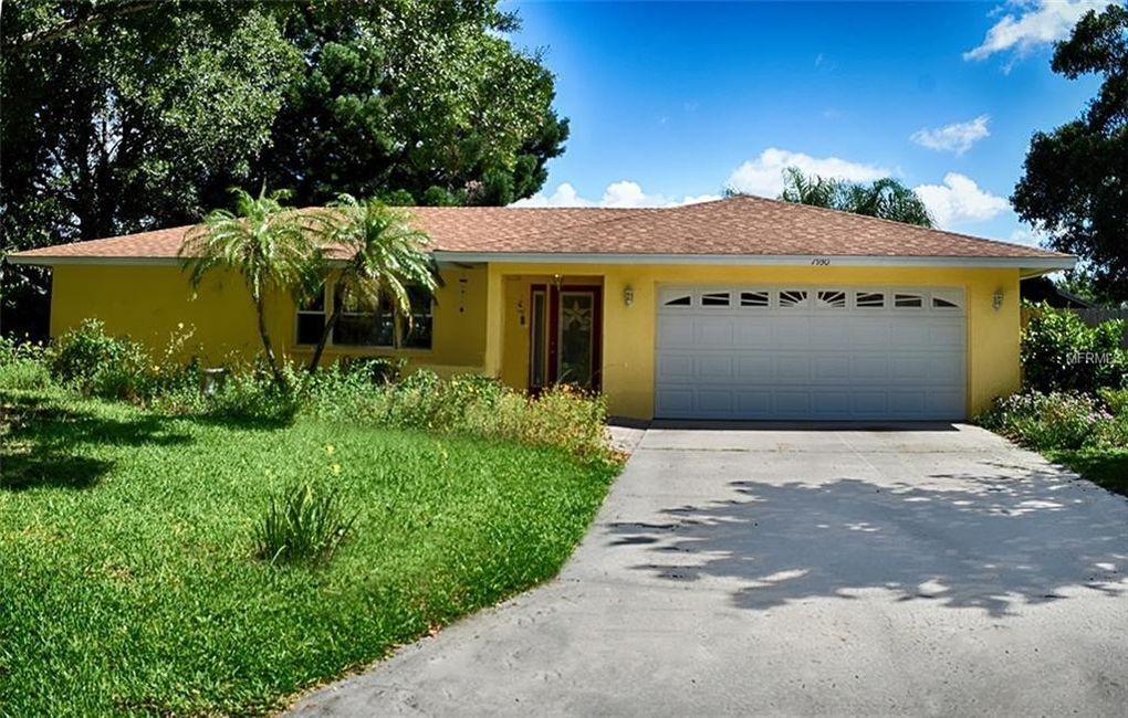7930 Cypress Lake Dr Sarasota, FL 34243