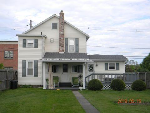 Photo of 213 Center St, Punxsutawney, PA 15767
