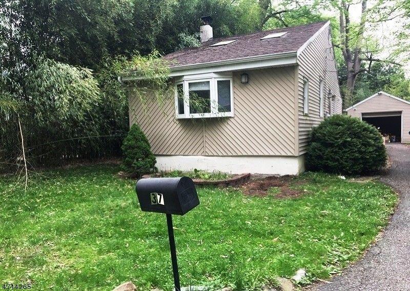 37 Kirschner Ave Lincoln Park NJ 07035
