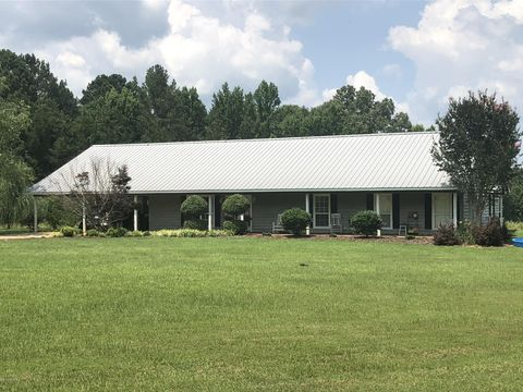 473 Estes Switch Rd, Louisville, MS 39339