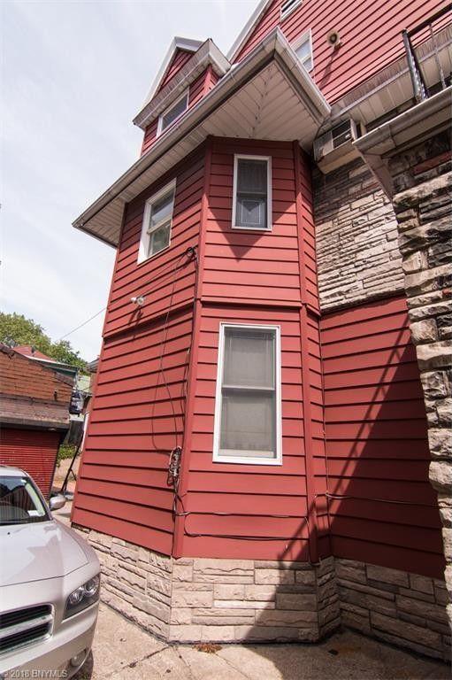 554 E 9th St, Brooklyn, NY 11218 - realtor.com®