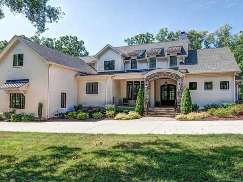 Photo of 6237 Sharon Acres Rd, Charlotte, NC 28210