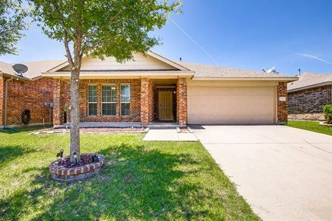 Photo of 1117 Sandalwood Rd, Royse City, TX 75189