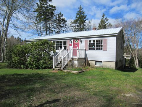 Photo of 665 Hendricks Hill Rd, Southport, ME 04576