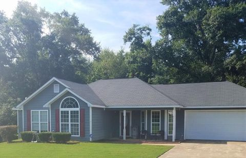 Photo of 208 Lee Road 2148, Smiths Station, AL 36877