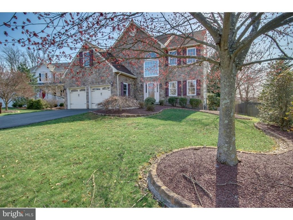 3399 Pin Oak Ln Chalfont, PA 18914