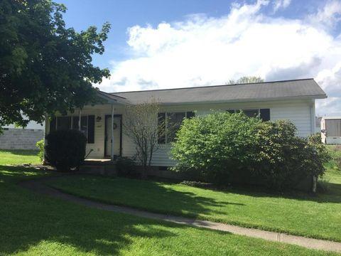 1607 Montana Ave, Summersville, WV 26651
