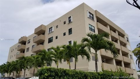 Phenomenal Miami Beach Fl 2 Bedroom Homes For Sale Realtor Com Download Free Architecture Designs Ponolprimenicaraguapropertycom