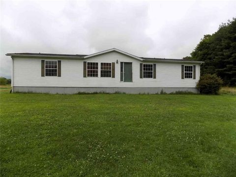 Photo of 239 Smola Rd, Sandy Lake, PA 16145