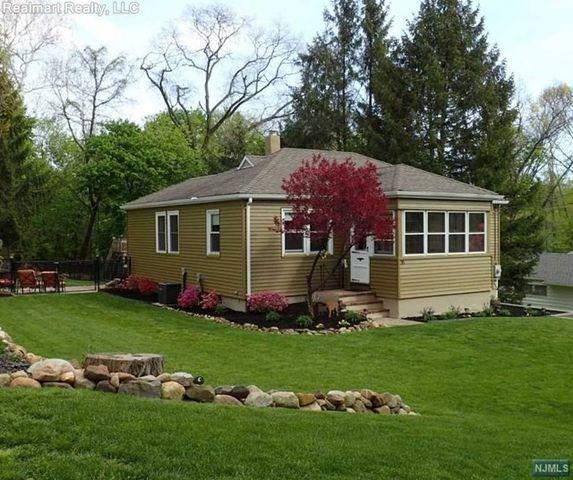 35 crestview ter north haledon nj 07508 home for sale for 35 mansion terrace cranford nj