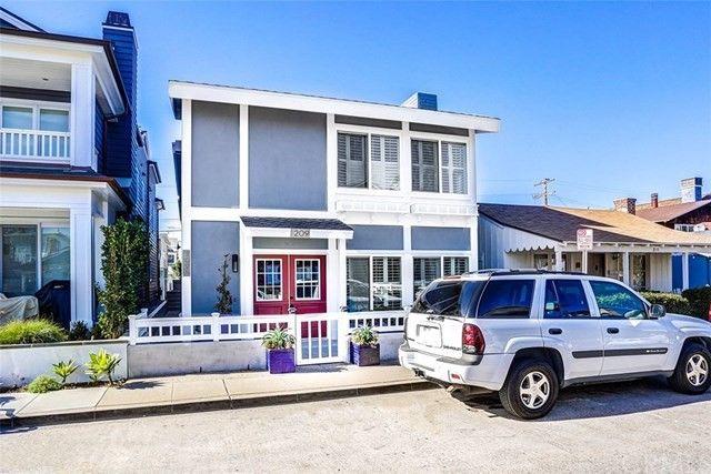 209 Onyx Ave Newport Beach CA 92662