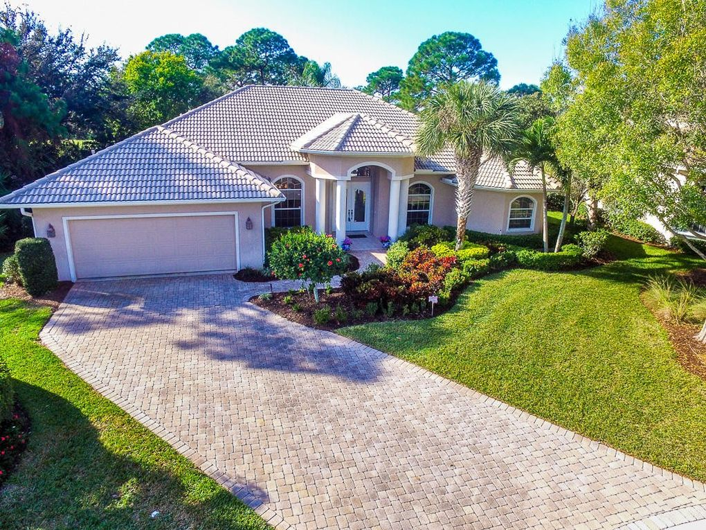 Homes For Sale In Florida With  Acres