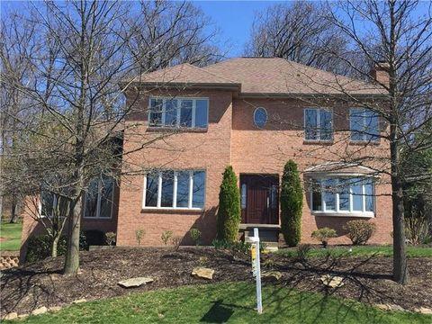 116 Oakview Dr, Cranberry Township, PA 16066