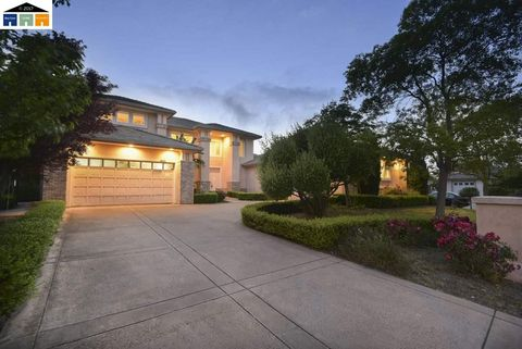 47945 Avalon Heights Ter, Fremont, CA 94539
