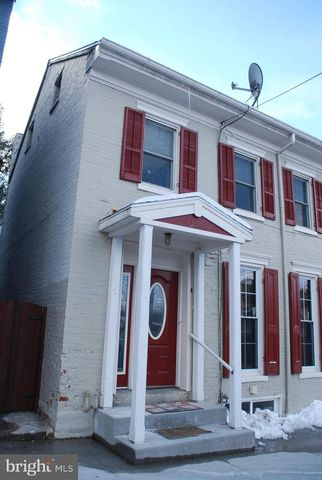 Photo of 209 Front St Apt B, Boiling Springs, PA 17007