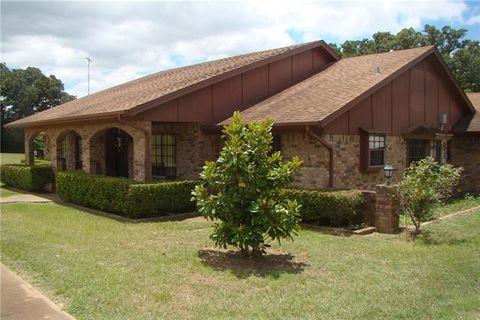 Hillsboro Tx Real Estate Hillsboro Homes For Sale Realtor Com