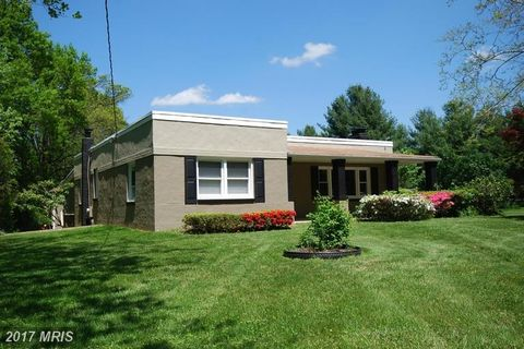 3701 Damascus Rd, Brookeville, MD 20833