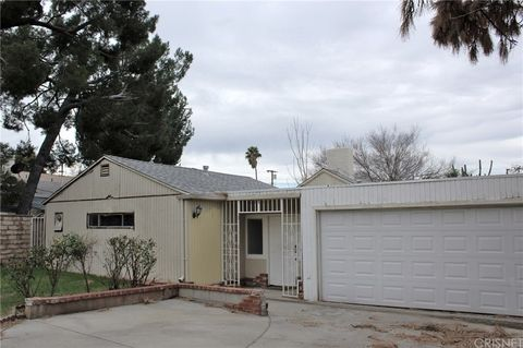 Photo of 11011 Whitegate Ave, Sunland, CA 91040