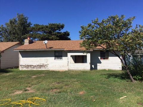 2624 Santa Fe St Woodward OK 73801