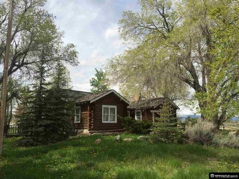 8829 Us Highway 26, Crowheart, WY 82512