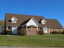 48 Parkview Rd, Hesston, KS 67062