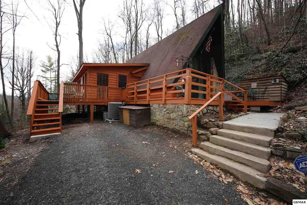 sale tn estate cabins att subdivision largest log cabin homes gatlinburg for real in