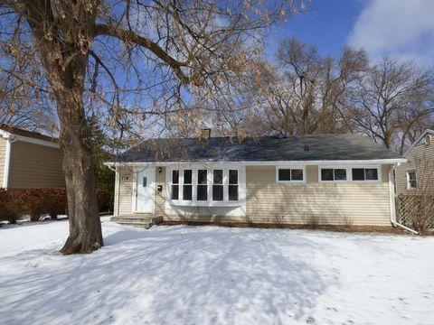 Photo of 116 E Hawthorne Blvd, Mundelein, IL 60060