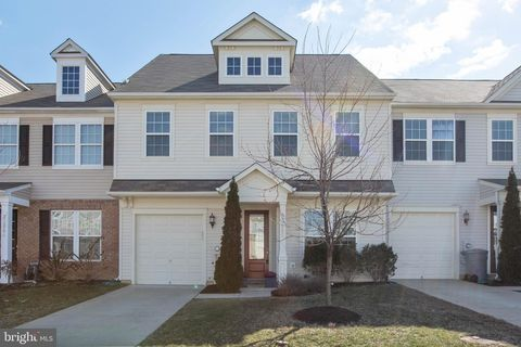 Photo of 22940 Snow Leopard Dr, California, MD 20619