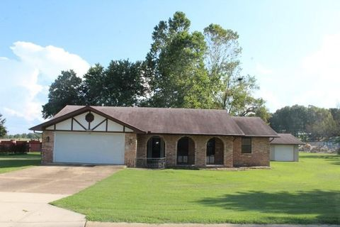 1635 Plantation Mountain Home AR 72653